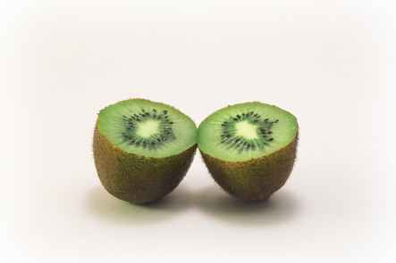 color fruit kiwi vitamins